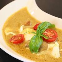 雑穀パンに合う!インド風イエローカレー~手作りカレーパウダーでスパイスレシピ