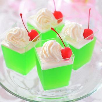 【おもてなし】クリームソーダ風ゼリー♡子供向けホームパーティーのデザートはコレです!
