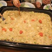 【チーズタッカルビで~す!!】..#ホットプレート#チーズ海に鶏の焼き肉をドボン...