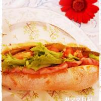 ハーブトマトのベーコンサンド♪ Bacon Sandwich