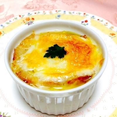 新たまねぎのオニオングラタンスープ