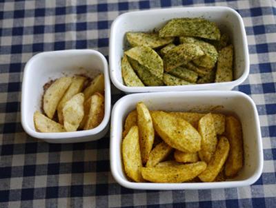 簡単!味つきポテト(カレーチーズ、青海苔塩、梅ゴマ)