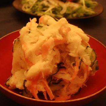 マヨネーズ不使用、豆腐を使ってヘルシーポテトサラダ