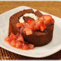 濃厚チョコレートケーキにぴったりなイチゴミントソース