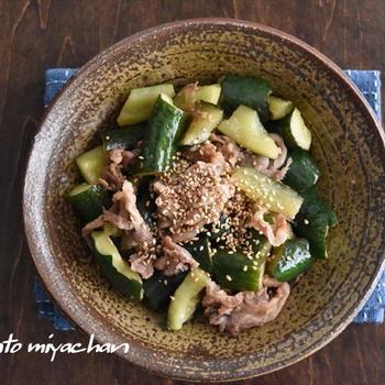 パリパリきゅうりと豚こまのカンタン酢ソテー