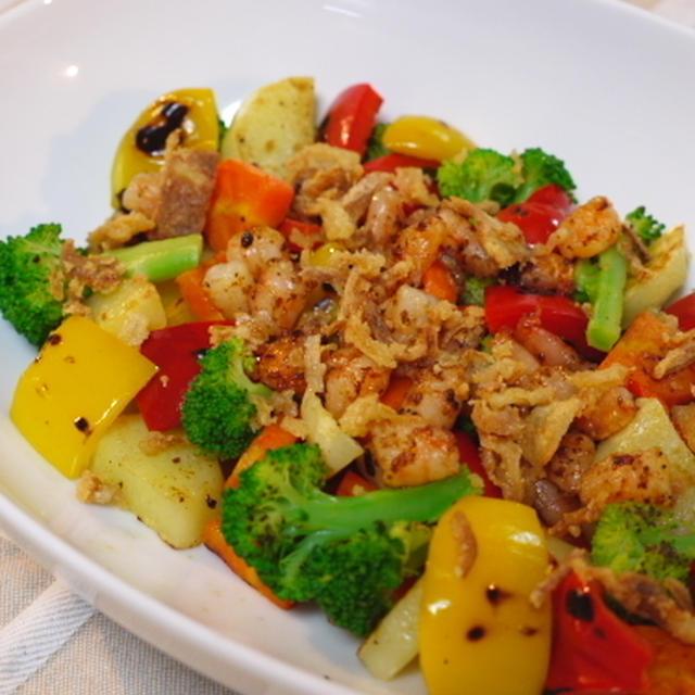焼き野菜とエビのサラダ