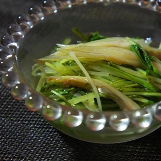 茗荷と水菜の煮びたし、枝豆茶碗蒸しの鼈甲餡で夏の涼を感じる手酌酒……