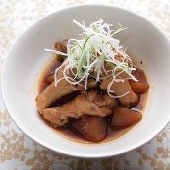 ☆ピリッと辛みの利いた手羽元の中華煮 ☆