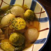 *ペコロスと芽キャベツのセロリコンソメスープ