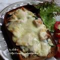 ◆北海道の秋鮭でピザトーストな朝ごはん♪