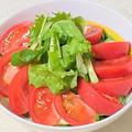 薬膳ってなぁに?今日は仕事・健康運アップ、ベビーリーフとトマトの中華風ごまポン酢サラダで薬膳!