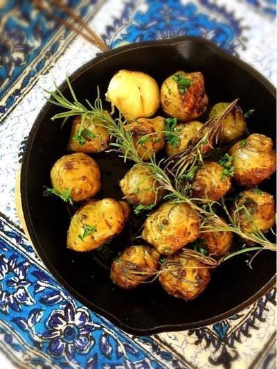 菊芋とにんにくのローズマリーポテト