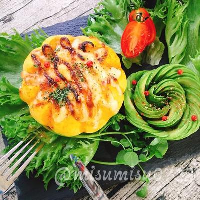 丸ごと南瓜の半熟エッググラタン