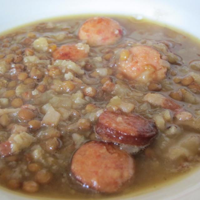 レンズ豆とソーセージのスープ