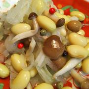きのうのおつまみ  大豆としめじのサラダ