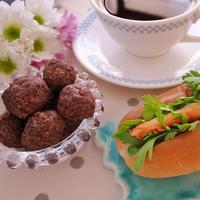 蟹缶と香草のサンドイッチ&ポリ袋で混ぜるコーヒー・スパイスの米粉クッキー