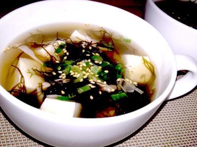 【レシピ】ふのりと豆腐の鶏ガラスープ(^^♪