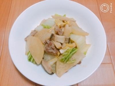 【簡単】豚肉と冬野菜のあったか味噌炒め煮