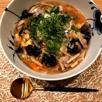 お野菜たっぷり酸辣湯麺