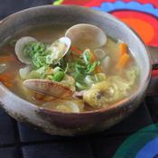 あさりと油揚げのガラムマサラ味噌風味スープ