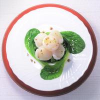 おうち高級レストラン?食材は…お手頃で。『小松菜とホタテのセルクル』ハーブ香るリッチな味わい。