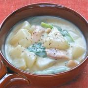 米粉でとろとろ〜大根とベーコンの豆乳生姜シチュー。