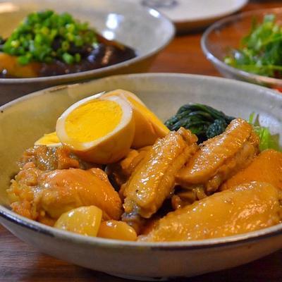 鶏手羽とたまごのにんにく醤油煮