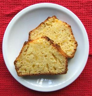 サツマイモとホワイトチョコのケーキ【Sweet Potato and White Chocolate Cake】