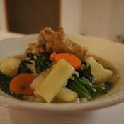 手羽元と野菜のスープ