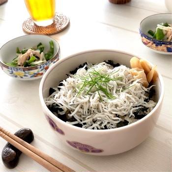 湘南名物【しらす丼】レシピ 釜揚げしらす 生しらすでも♪酢飯の作り方も!