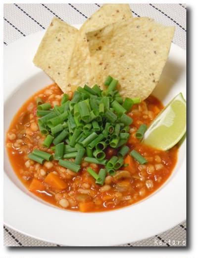 大麦のトマトスープ サルサ風味