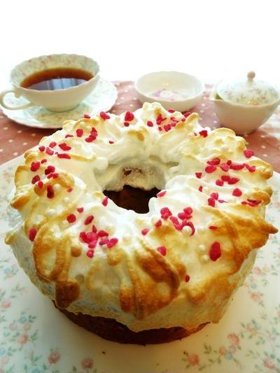 さわやかな酸味の梅干しシフォンケーキ