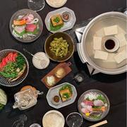 【大阪出張みやげ】とようけや山本さんのお豆腐と絹あげで、湯豆腐御膳の夜ごはん