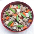 寒いお正月には、汁まで飲めるがめ煮(お節)(れんこん、里芋、鶏もも肉、ごぼう、人参、椎茸、