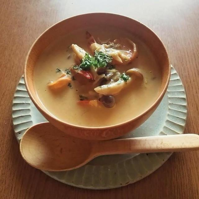 白菜とエビのカレークリーム煮