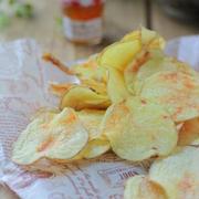 大人も子供も大好き!お家で簡単♪新じゃがで作る、ポテトチップス。