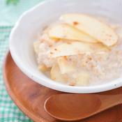 ポリッジ(りんごのオートミールミルク粥)