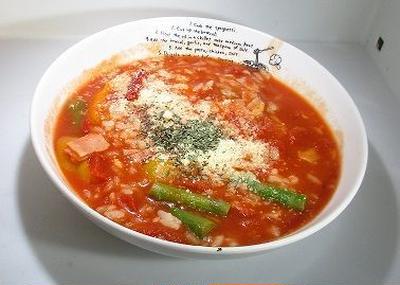 簡単トマトリゾット風トマト雑炊