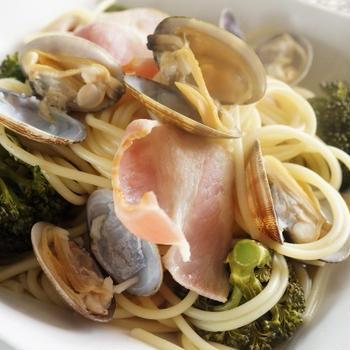 ■【浅利とブロッコリーのスープパスタ】蒸し鍋上下活用で簡単!美味しく♪
