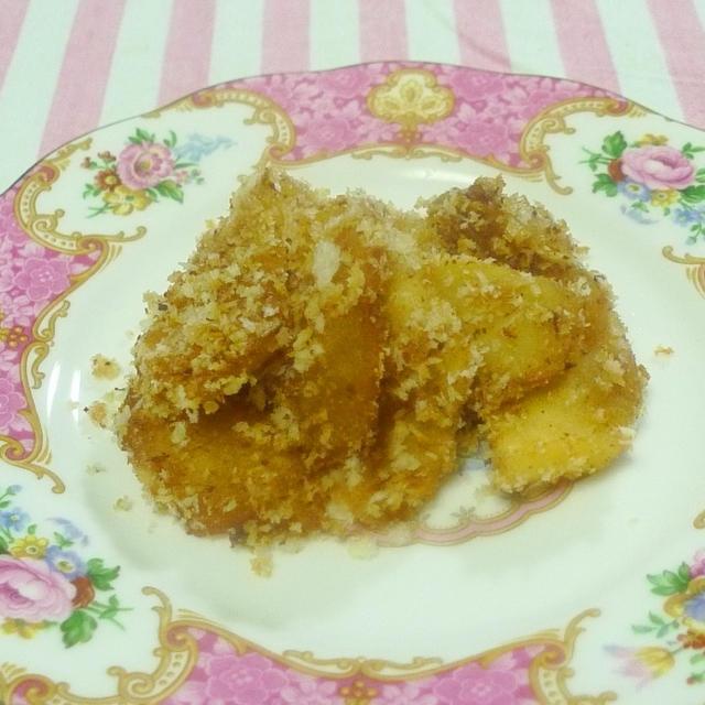 リンゴのクランブル風サクサクパン粉焼き