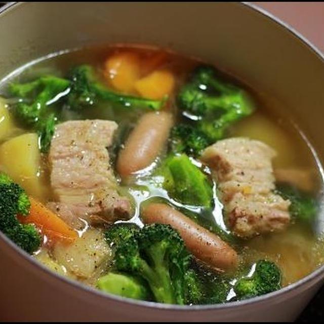 豚バラとウインナーのポトフ鍋☆