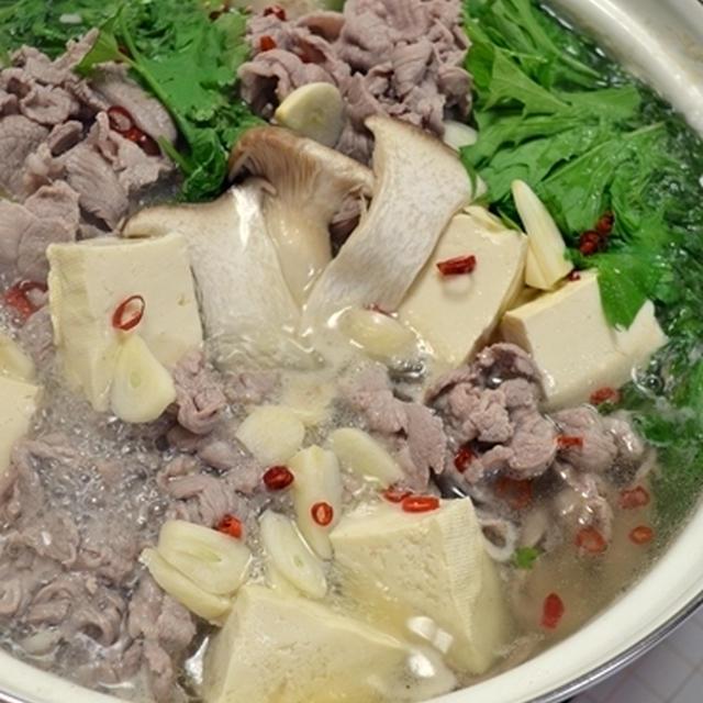 コストコのラム肉で作る!ハリハリ風モンゴリアン鍋