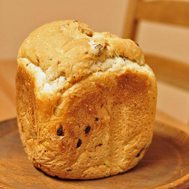HBレーズン米粉入り食パン。白神こだま酵母