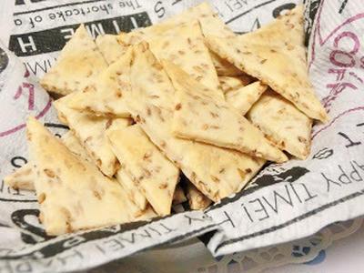 ポリ袋ひとつで♪ チーズごまクラッカー