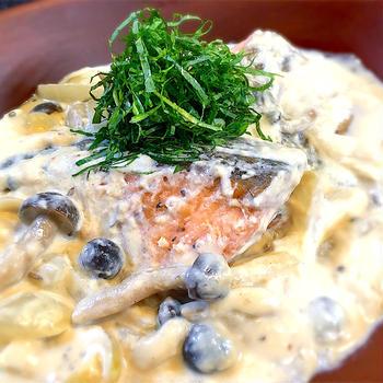 銀鮭とキノコの豆乳クリーム煮