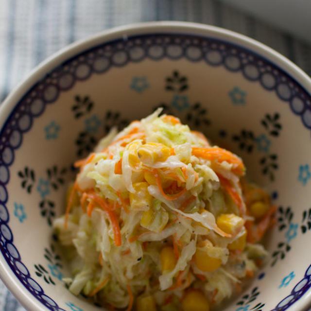 コールスローサラダ ☆ 豆腐と塩麹のドレッシング