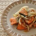 鮭と玉ねぎのドレッシング炒め