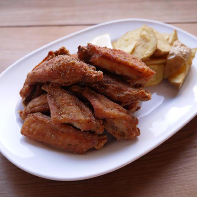 鶏スペアリブのガーリックペッパー揚げ