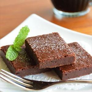 バレンタインにオススメ!ホットケーキミックスで簡単につくれるガトーショコラ