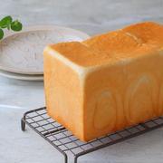 レシピブログさんの連載は「流行りの生食パン風ミルク角食」